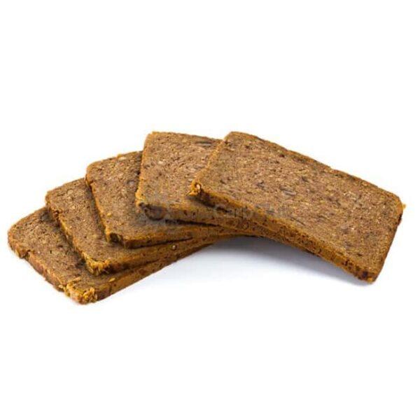 Proteine Brood Met Stukjes Walnoot